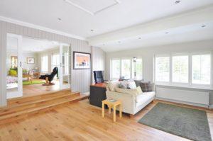 Carpeting vs. Hardwood Flooring: Pros and Cons